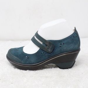 Jambu Scarlett Blue Suede Mary Jane Shoes Size 7